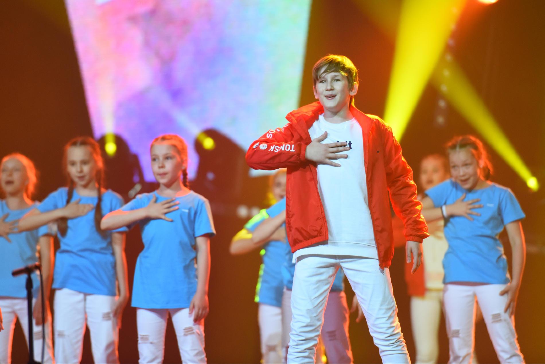 Гала-концерт закрытия фестиваля «Факел» ПАО «Газпром» в Сочи