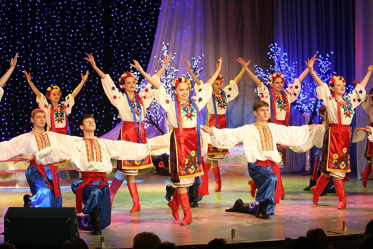 Студия народного танца «Волжские зори»